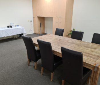board Table 450x335